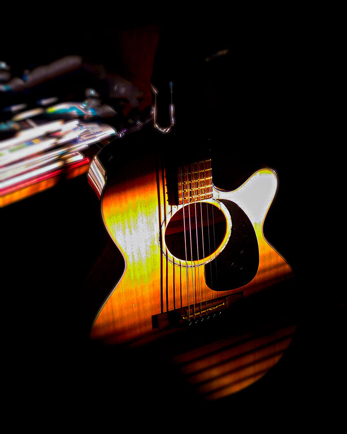 guitarlight-2-web