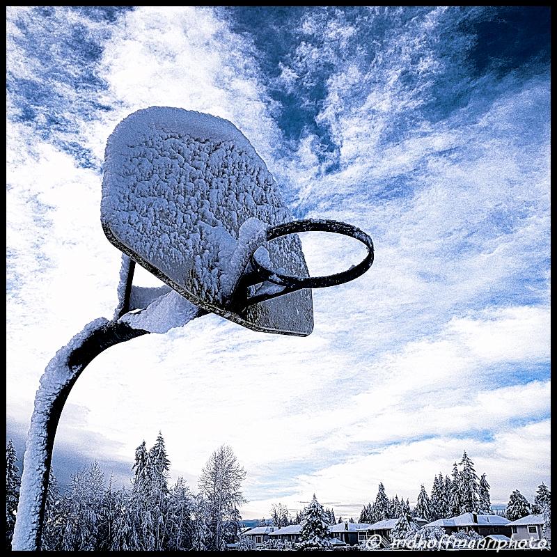 snowhoop-web-wmk